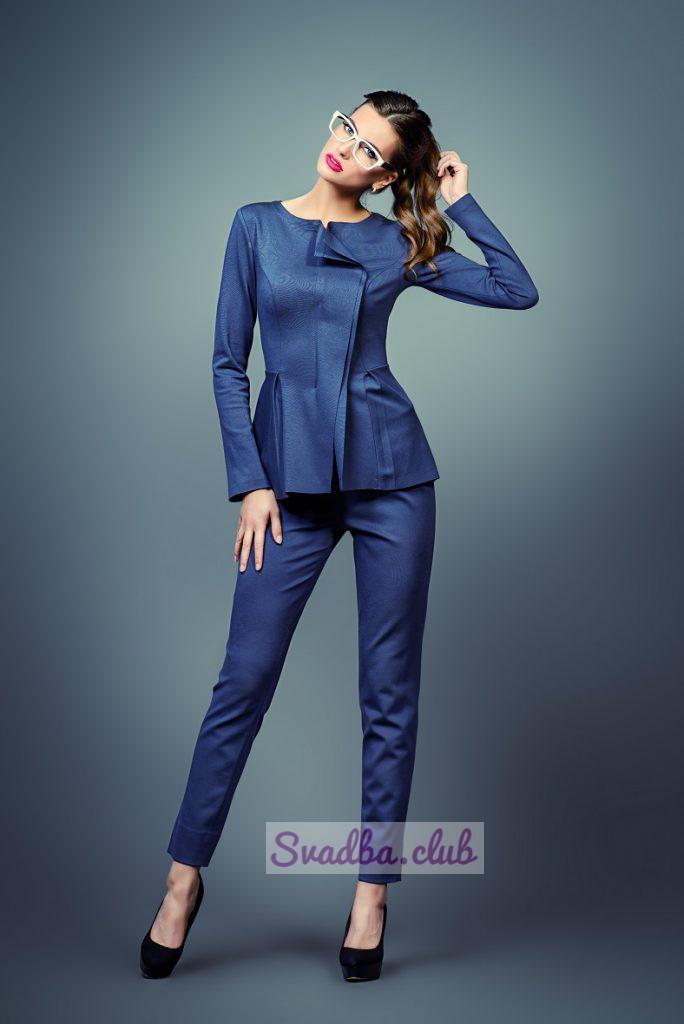 женский костюм синий на свадьбу для гостей фото в полный рост