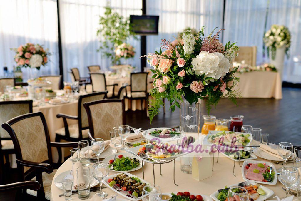 пример оформления фуршетного стола на свадьбу